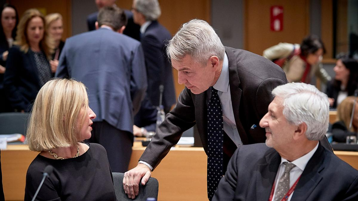 Finnish Minister for Foreign Affairs Pekka Haavisto and High Representative of the Union for Foreign Affairs and Security Policy Federica Mogherini in the Foreign Affairs Council meeting.